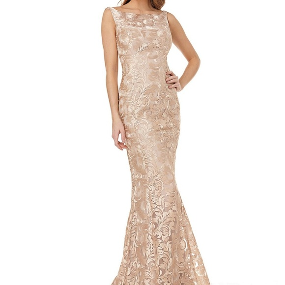 Kay Unger Dresses & Skirts - Kay Unger Sleeveless Embroidery Mermaid Long Gown